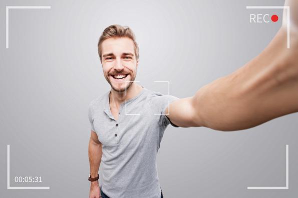 Bisnis Online Vlogger