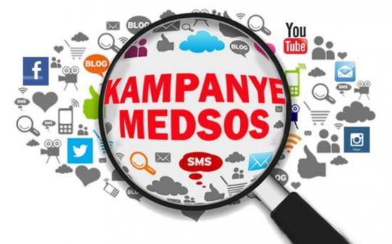 Peran Sosial Media Dalam Dunia Politik