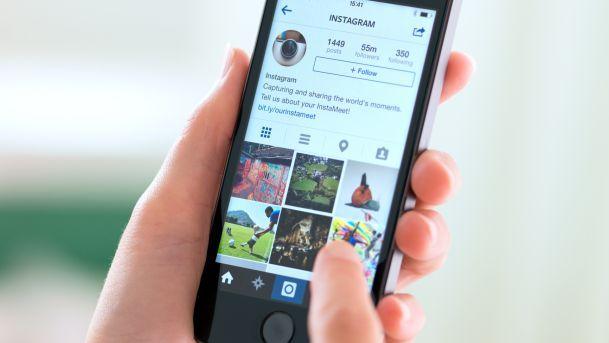 posting banyak foto di Instagram
