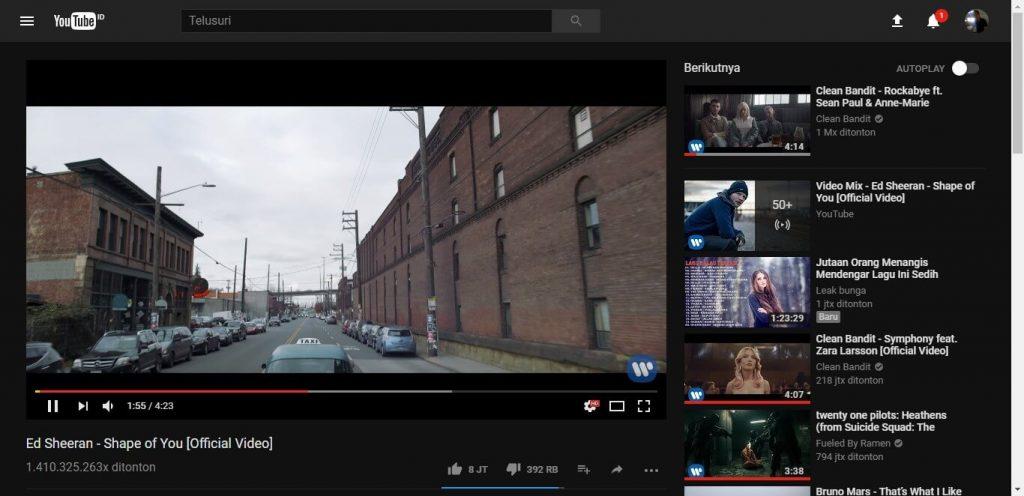 4._Membuat video yang tengah booming