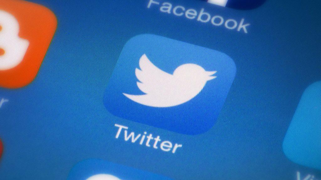 4.Manfaatkan fitur share ke sosial media lain