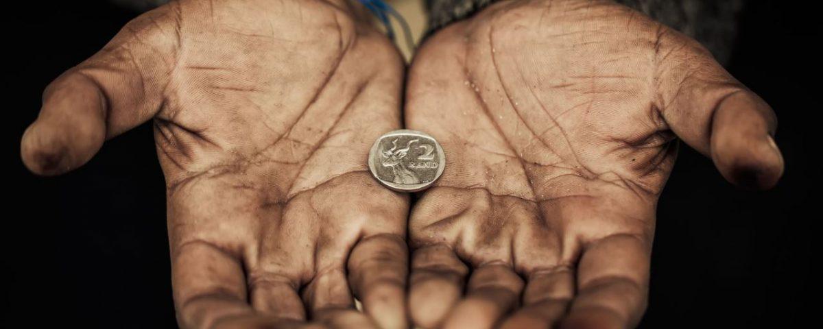 5. Permasalahan kemiskinan yang rasanya sangat sulit untuk dituntaskan