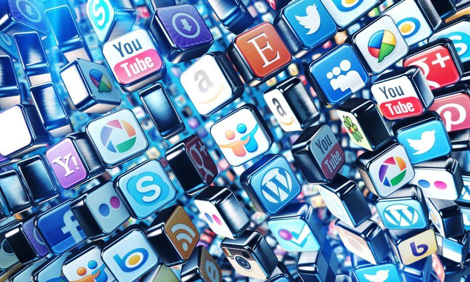 Media sosial memberikan dampak yang cukup besar untuk kampanye